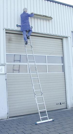 Лестница стремянка шарнирная STABILO 4х4 купить на выгодных условиях в Оренбурге
